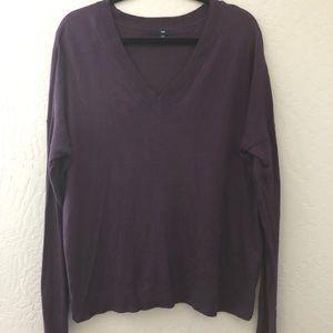 GAP Soft Textured V- Neck Plum Sweater